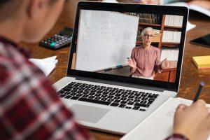 Нагласа за преподаване и дистанционно обучение