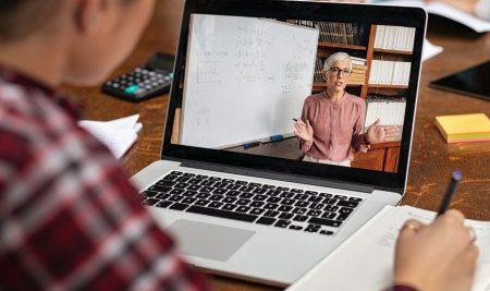 Нагласа за преподаване по време на пандемия