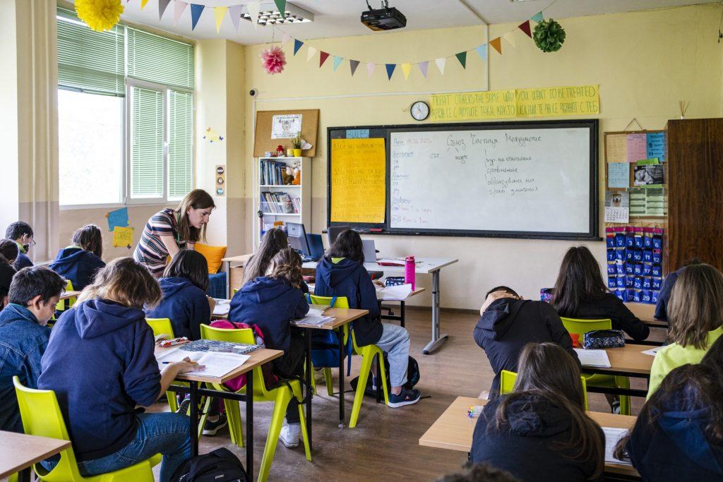 """Над 150 учители влизат в училище със """"Заедно в час"""" през новата учебна година"""
